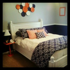 Beautiful Navy Blue And Coral Bedroom Decor05