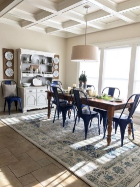 Gorgeous Dining Room Hutch Décor Ideas20
