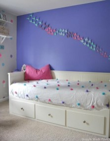 Totally Inspiring Inexpensive Bedroom Décor Ideas19