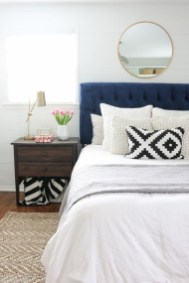 Totally Inspiring Inexpensive Bedroom Décor Ideas21