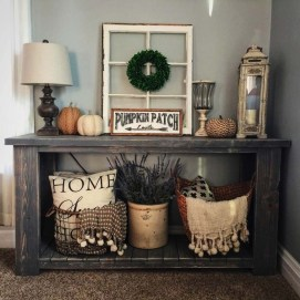 Adorable Fall Home Decor Ideas With Farmhouse Style11