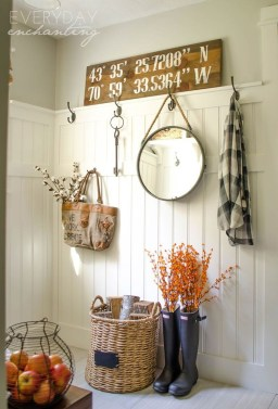Adorable Fall Home Decor Ideas With Farmhouse Style18