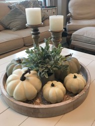 Adorable Fall Home Decor Ideas With Farmhouse Style23