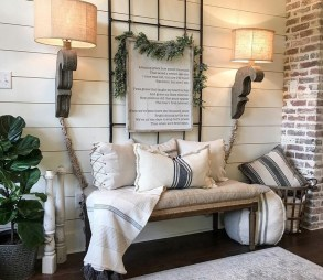 Adorable Fall Home Decor Ideas With Farmhouse Style27