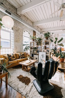 Adorable Loft Apartment Decor Ideas30
