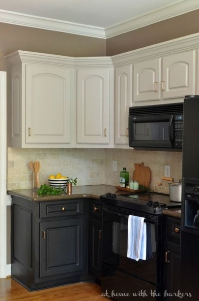 Affordable Black And White Kitchen Cabinets Ideas30
