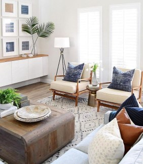 Awesome Living Room Design Ideas With Farmhouse Style07