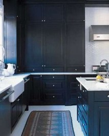 Best Ideas For Black Cabinets In Kitchen05