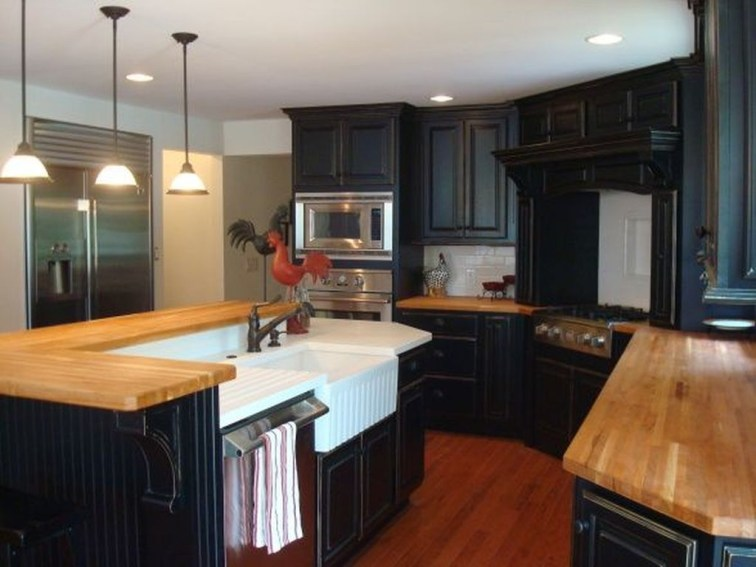 Best Ideas For Black Cabinets In Kitchen49