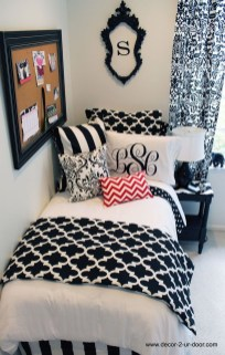 Easy Diy Projects For Your Dorm Room Design25