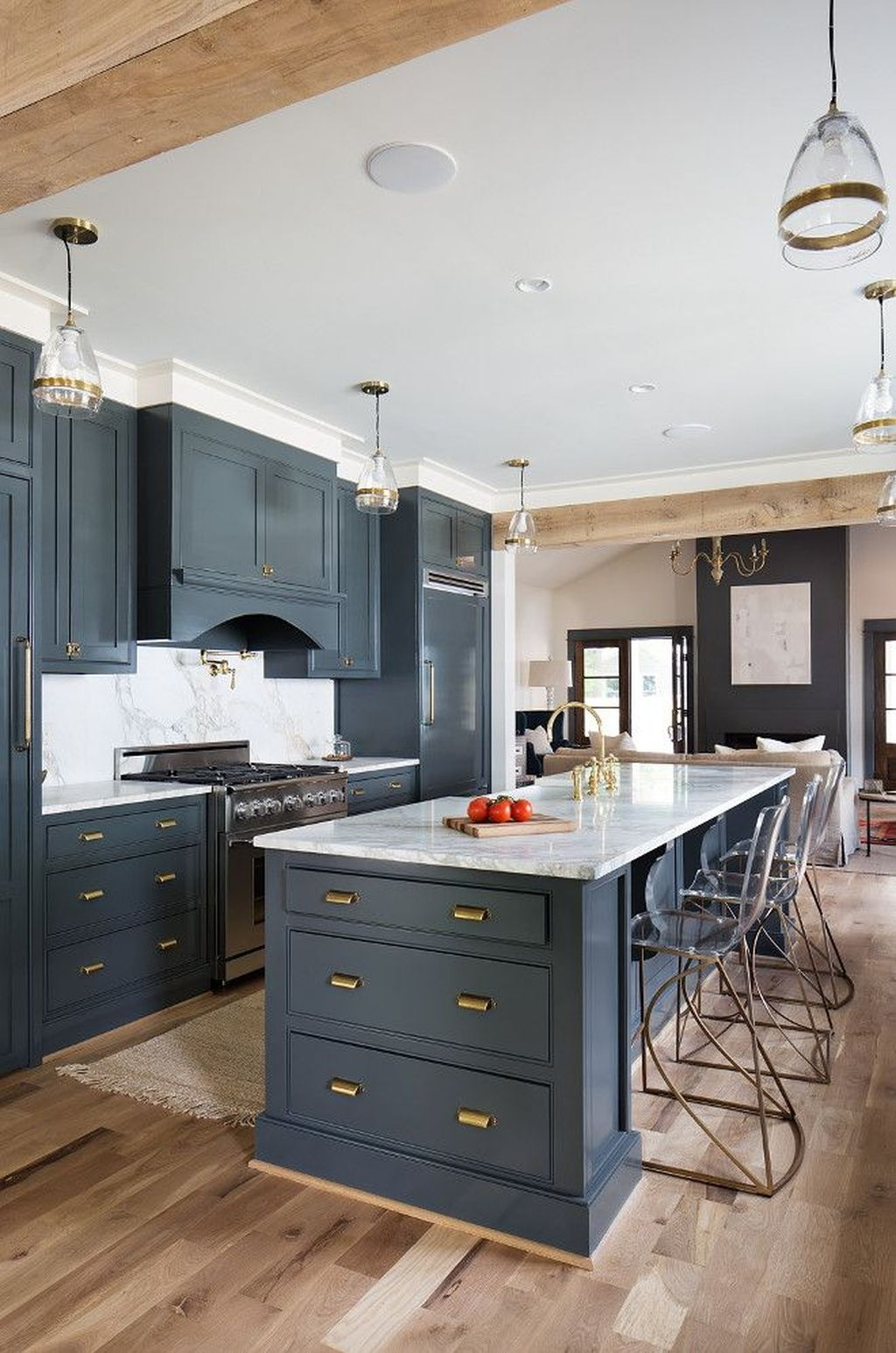 Easy Kitchen Cabinet Painting Ideas16