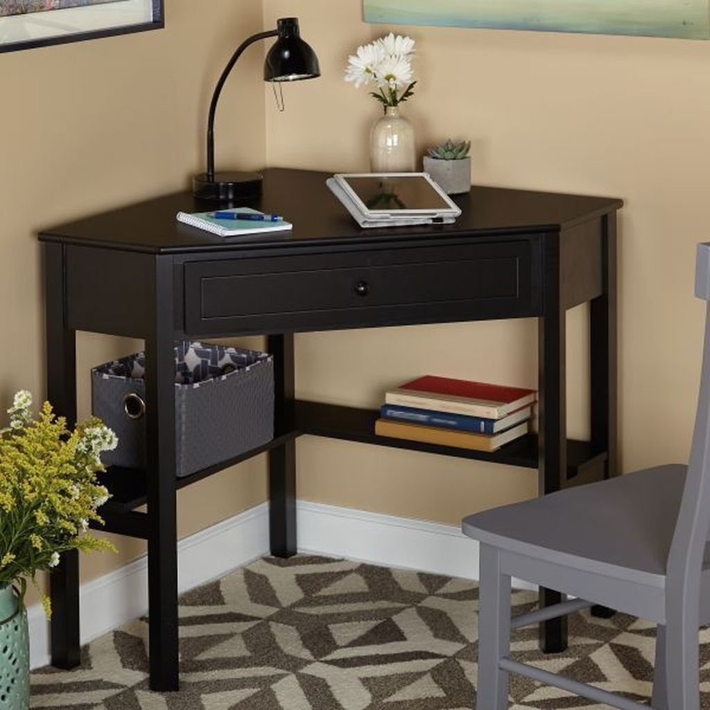 Fabulous Office Furniture For Small Spaces21