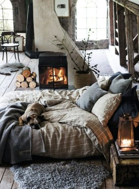 Inspiring Scandinavian Bedroom Design Ideas33