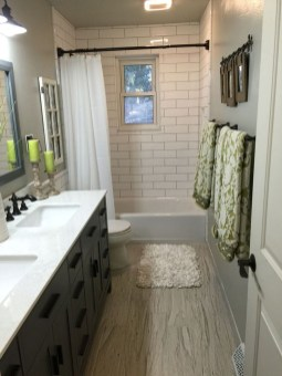 Modern Farmhouse Design For Bathroom Remodel Ideas45