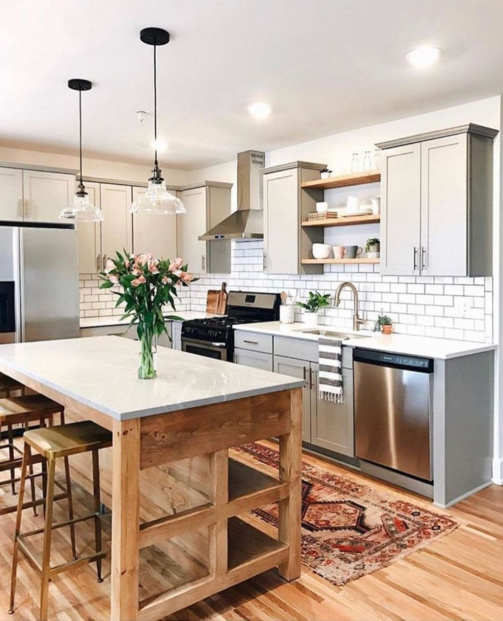 Awesome Small Kitchen Remodel Ideas10