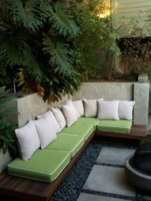 Perfect Diy Seating Incorporating Into Wall For Your Outdoor Space05
