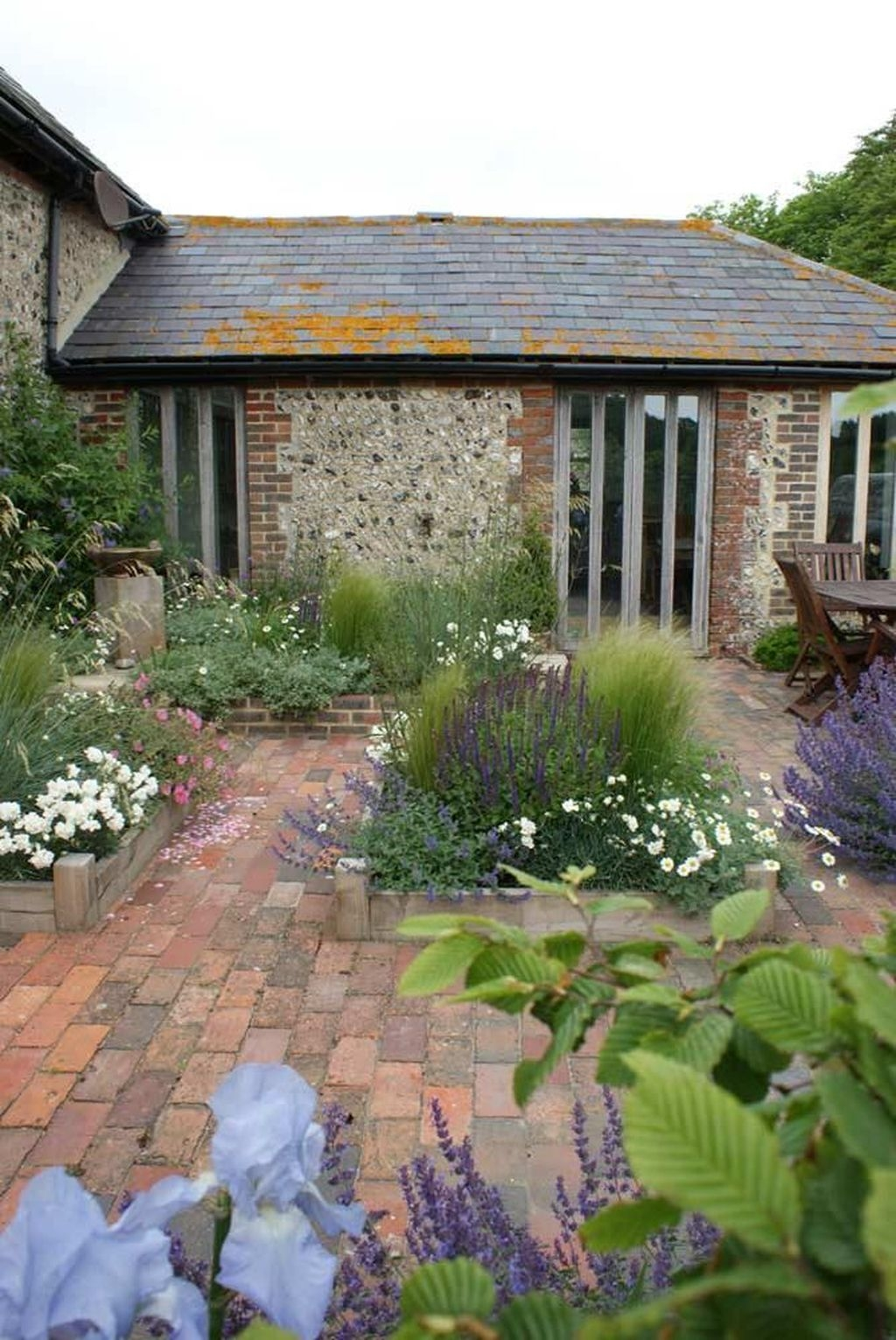 Awesome Cottage Garden Design Ideas For Your Dream House22