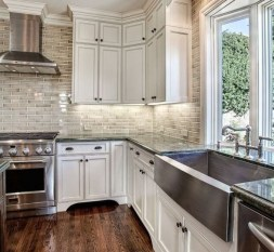 Awesome Farmhouse Kitchen Cabinets Design Ideas20