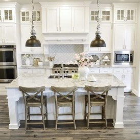 Awesome Farmhouse Kitchen Cabinets Design Ideas39