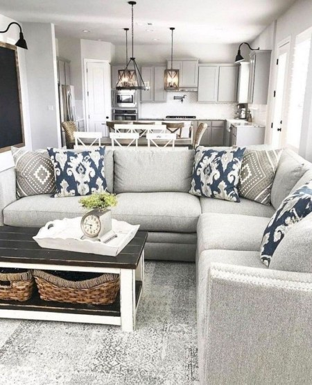 Comfy Farmhouse Living Room Decor And Design Ideas11