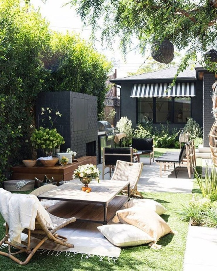 Fascinating Backyard Patio Design And Decor Ideas07