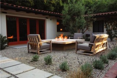 Fascinating Backyard Patio Design And Decor Ideas19