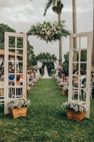 Hottest Wedding Decorations Ideas On A Budget32