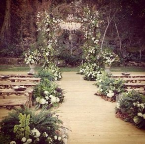 Hottest Wedding Decorations Ideas On A Budget34