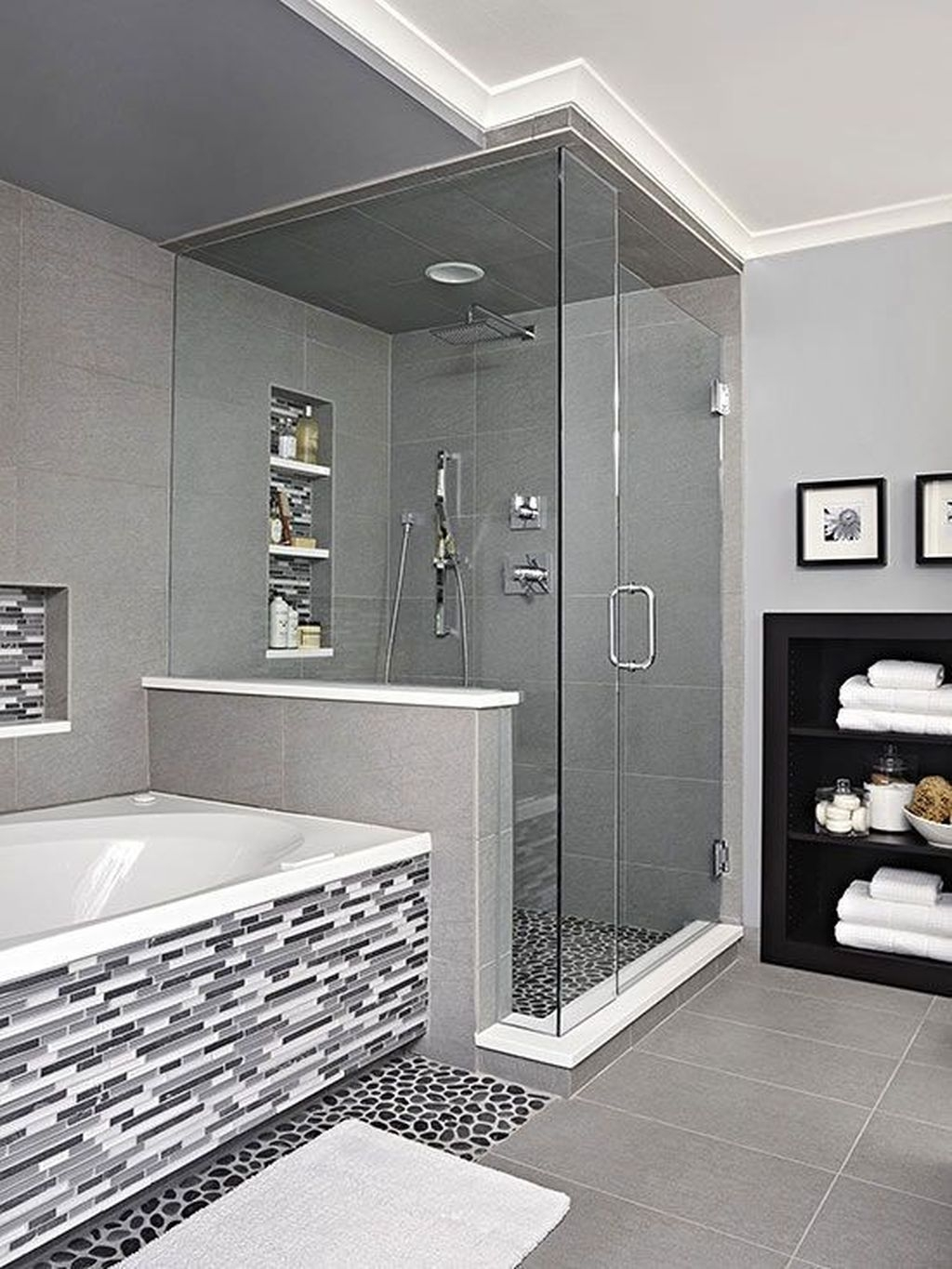 Inspiring Master Bathroom Decor And Design Ideas32