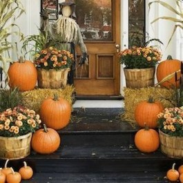 Stunning Diy Outdoor Halloween Decor And Design Ideas11