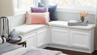 Stunning Window Seat Ideas With Padded Seat And Storage Below33