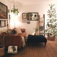 Awesome Vintage Christmas Living Room Decoration Ideas30