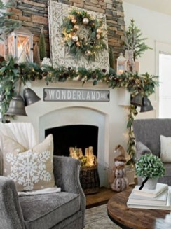 Awesome Vintage Christmas Living Room Decoration Ideas43