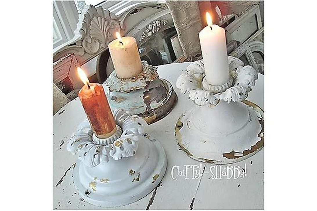 Beautiful Christmas Candle Holders Design Ideas11