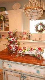 Lovely Christmas Kitchen Decorating Ideas10
