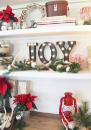 Lovely Christmas Kitchen Decorating Ideas22