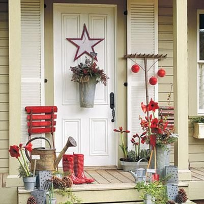 Pretty Christmas Front Yard Landscaping Ideas15