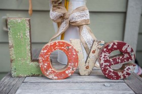 Affordable Outdoors And Indoors Signs Ideas For Valentines Day03