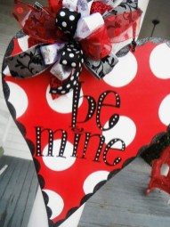 Affordable Outdoors And Indoors Signs Ideas For Valentines Day12