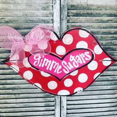 Affordable Outdoors And Indoors Signs Ideas For Valentines Day21