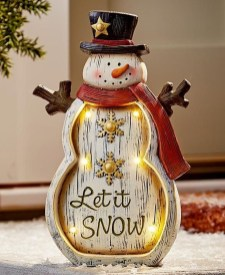 Awesome Outdoor Winter Decoration Ideas02