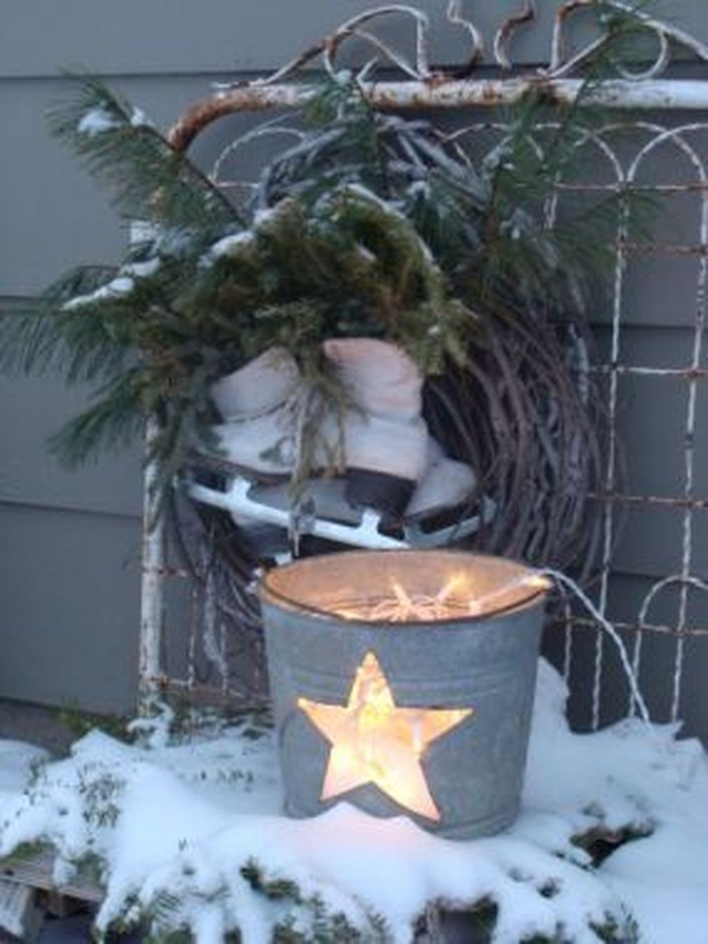 Awesome Outdoor Winter Decoration Ideas05