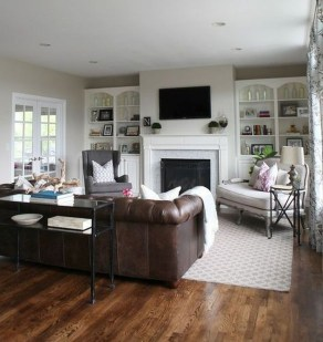 Beautiful Family Friendly Living Rooms Design Ideas30