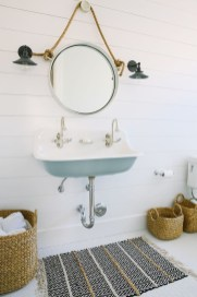 Stunning Coastal Style Bathroom Designs Ideas23
