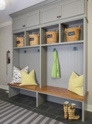 Awesome Mudroom Entryway Decorating Ideas28