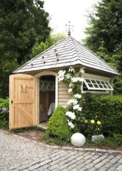 Awesome Shed Garden Plants Ideas14