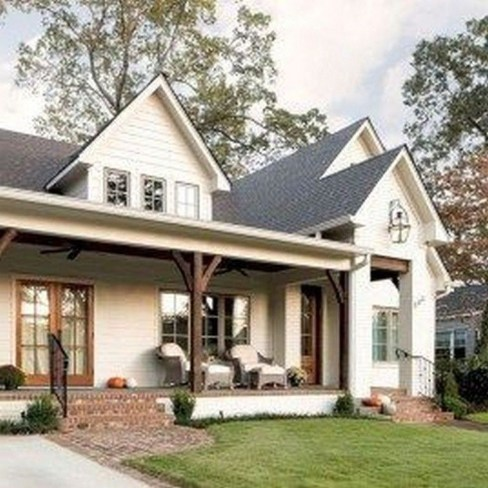 Cheap Farmhouse Exterior Design Ideas18