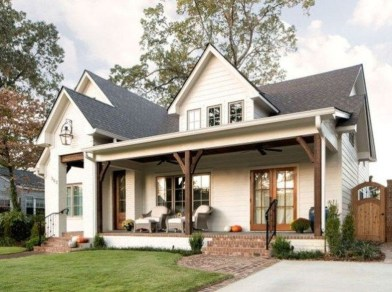 Cheap Farmhouse Exterior Design Ideas36