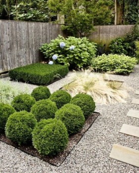 Smart Backyard Landscaping Ideas On A Budget28