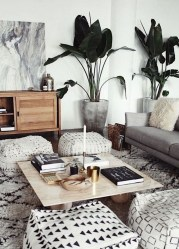 Stylish Small Living Room Decor Ideas On A Budget14